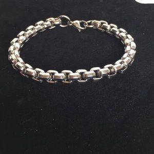Men's Stainless Steel Beveled Box Chain Bracelet